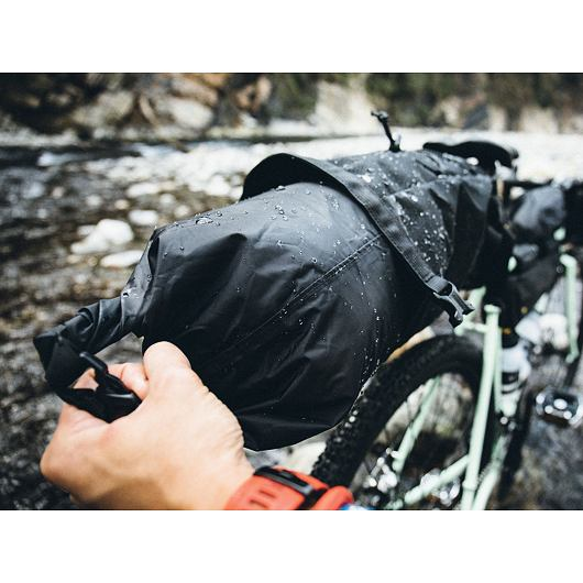 TOPEAK bikepacking BACKLOADER, rolovací brašna na sedlovku 6l černá